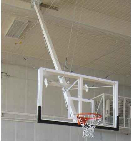 buts de basket ball relevables en charpente. Black Bedroom Furniture Sets. Home Design Ideas